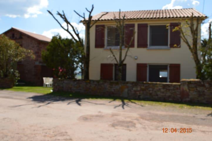 Maison dans le Colorado Aveyronnais Sud Aveyron - Rebourguil - Ev