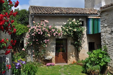 La petite maison aux roses.