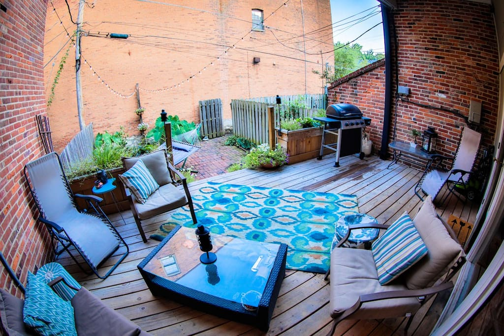 Cozy Spot Right Downtown With Lots Of Privacy Townhouses For Rent In St Louis Missouri