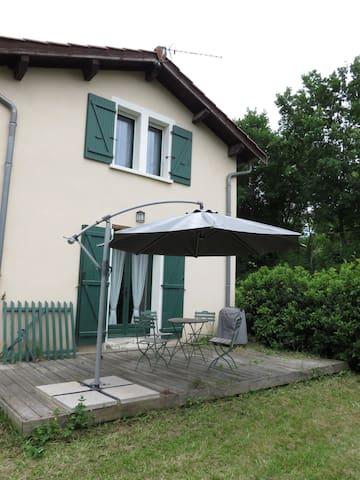 Chaponnay, maison proche  d'Eurexpo - Chaponnay - Rumah
