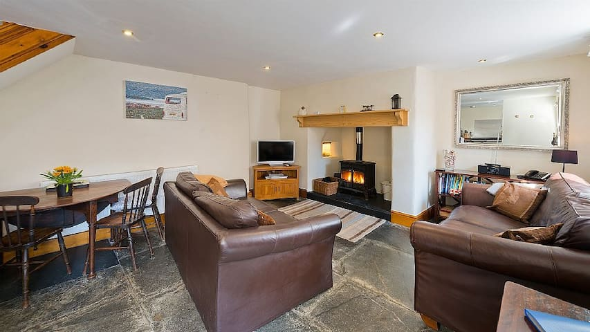 Village Cottage, Close to Beach - Kilkhampton - Casa