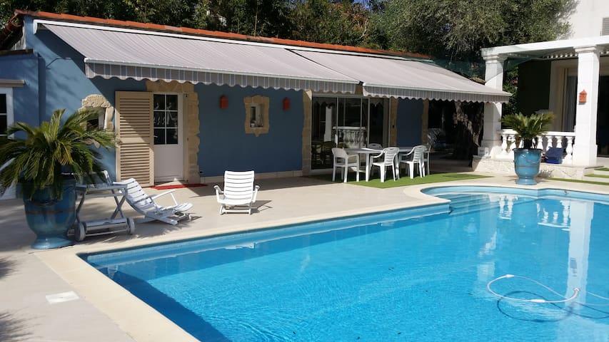 Petite maison sur propriété de luxe Mougins - Mougins - Casa