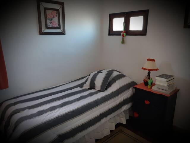 Habitación privada en suite entrada independiente