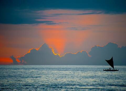 Fantastic Ocean Views! Paradise Awaits... Relax.