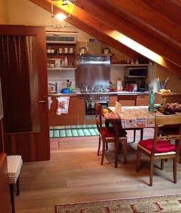 Affascinante appartamento 80mq - Ponte Nelle Alpi - Polpet - Leilighet