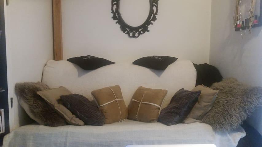 canapé tres confortable pour une zen attitude