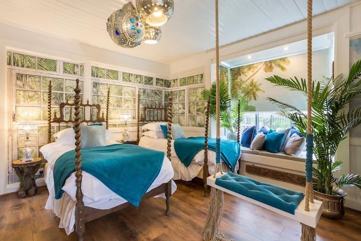 Beach Sun Retreat - Unique Home with Beach Access