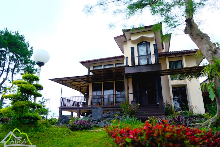 Villa Hira Pangalengan - Pangalengan - 별장/타운하우스