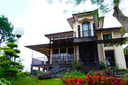 Villa Hira Pangalengan