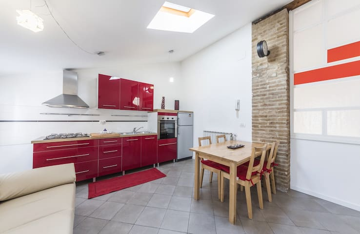 SWEET MURANO: Canal view & free wi-fi - Venetië - Appartement