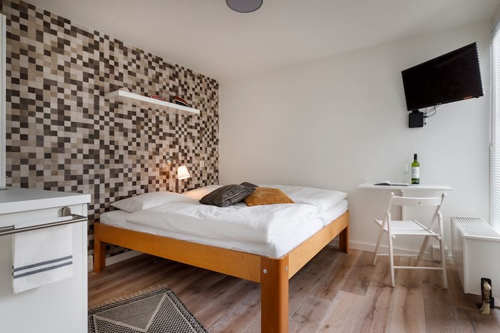 NEW! B&B City Room Utrecht 5 - Fast WIFI