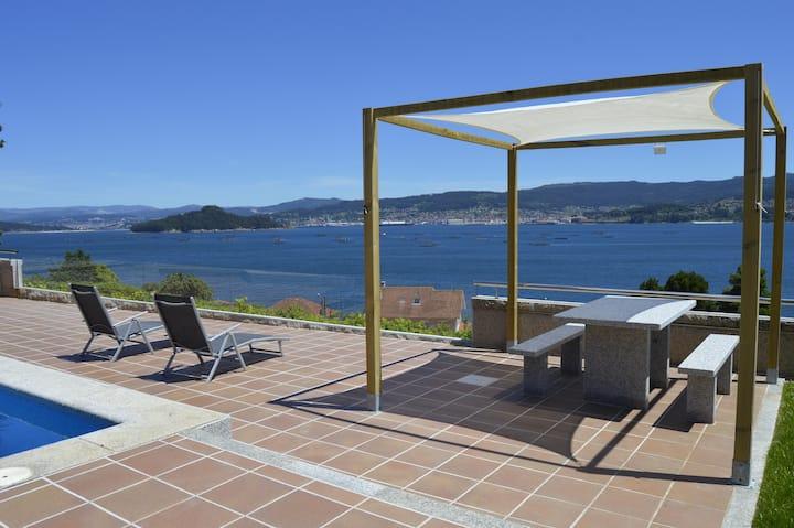 Apartamento Braxilde 2 con piscina y vistas al mar