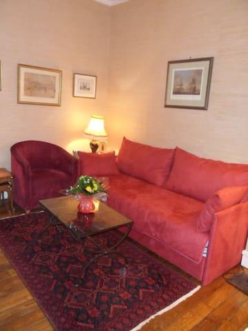 1 Bedroom apartment Paris Town Cent
