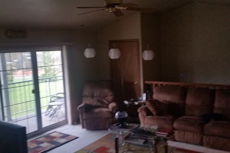 Condo close to Erin Hills - Hartford