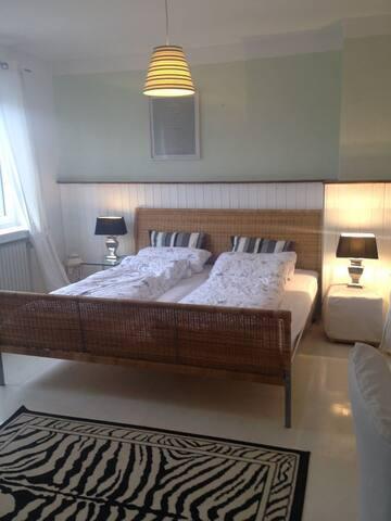 Gästezimmer direkt am Weser-Radweg - Langwedel - Bed & Breakfast