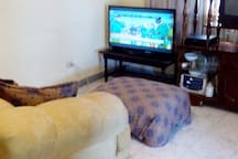 BEAUTIFUL COZY AND QUIET 2BD RM BUNGALOW...!!!