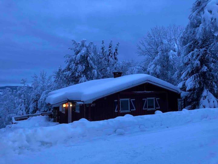 Kos hytte i Musdal mellom Hafjell Skei , Kvitfjell