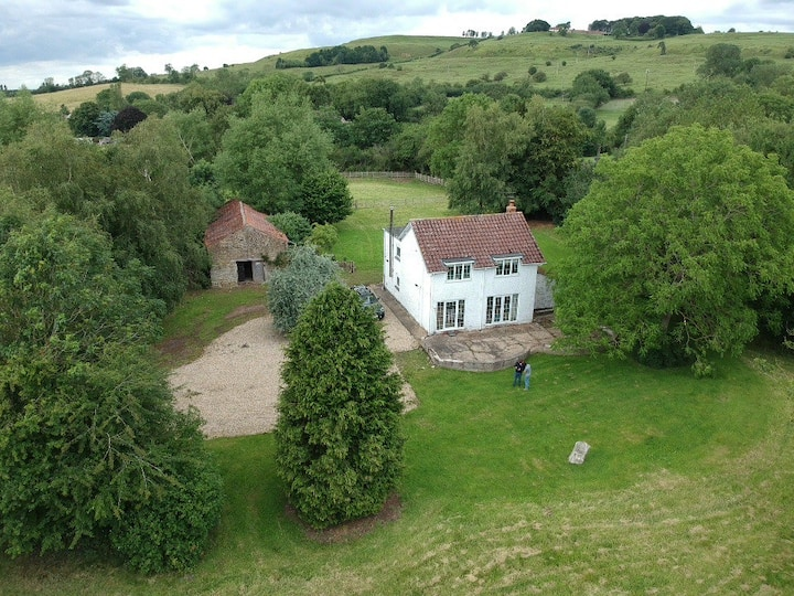 Beautiful secluded cottage - Lincolnshire Wolds.