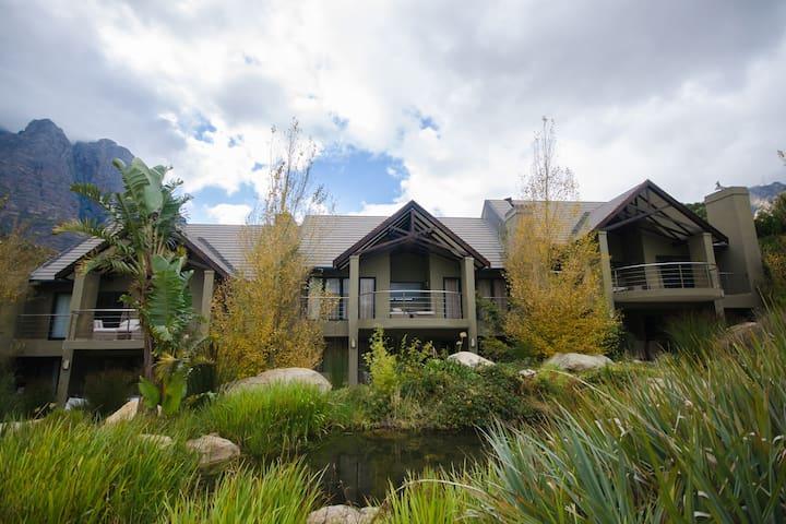 DuKloof Lodge House in Mountains - ZA - House