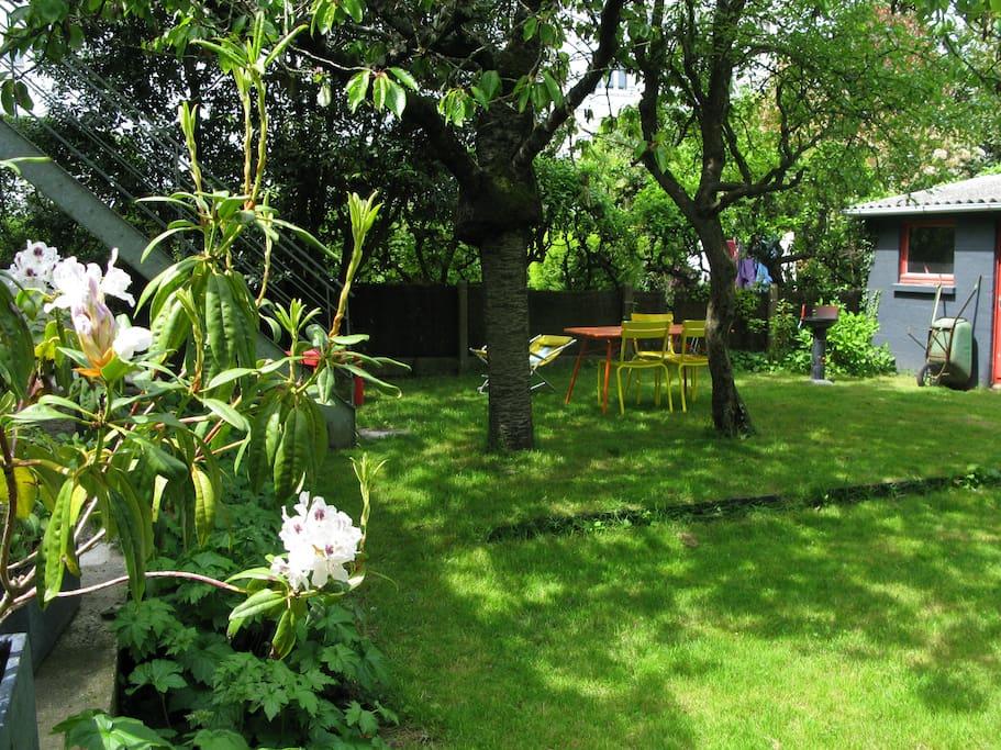 Fen tres sur jardin en centre ville apartamentos en - Vive le jardin st lo ...