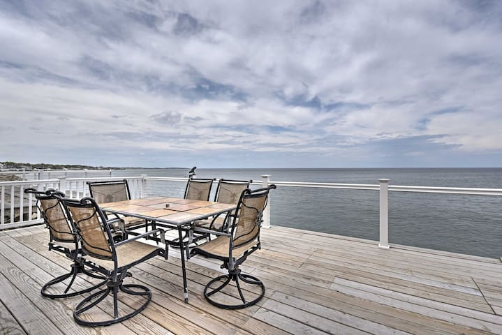 Oceanfront 3BR Scituate Home w/2-Level Deck &Views