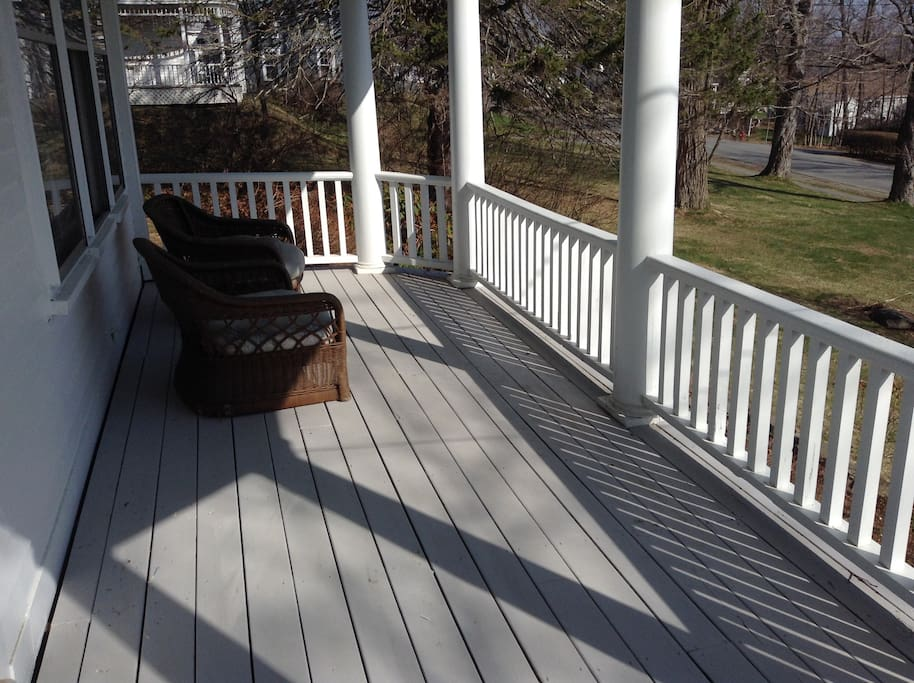 Front porch for relaxing in the sun