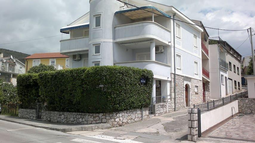 Villa Carmen Studio, Selce, Kvarner - Selce - Apartemen