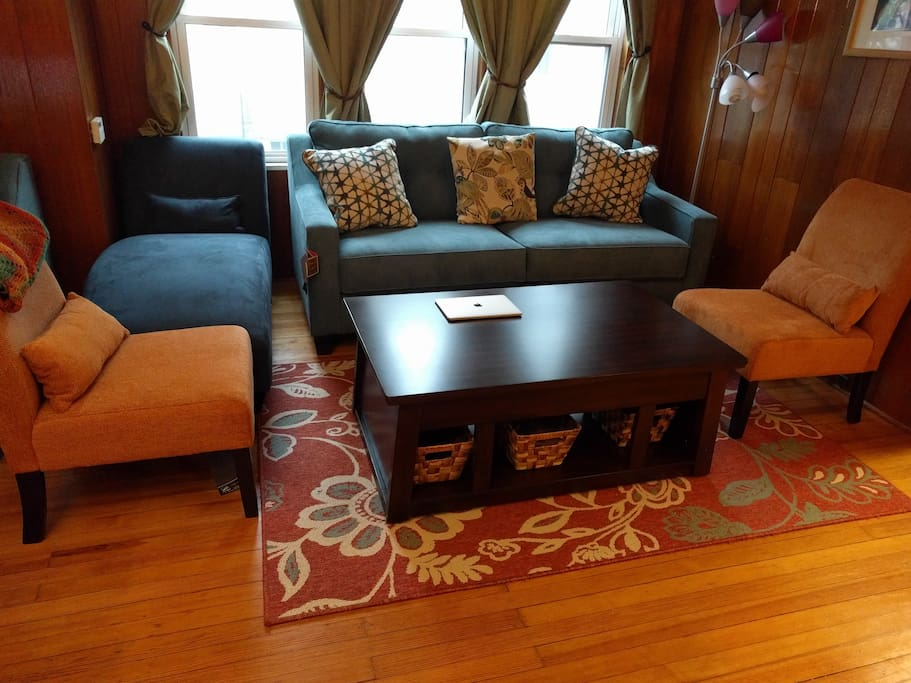 "Feb 2017: Brand new furniture in living room. ""I loved all the natural wood in this cabin-like home in the heart of Collingswood. Very relaxing and comfortable. I slept well every night."" - Sean"