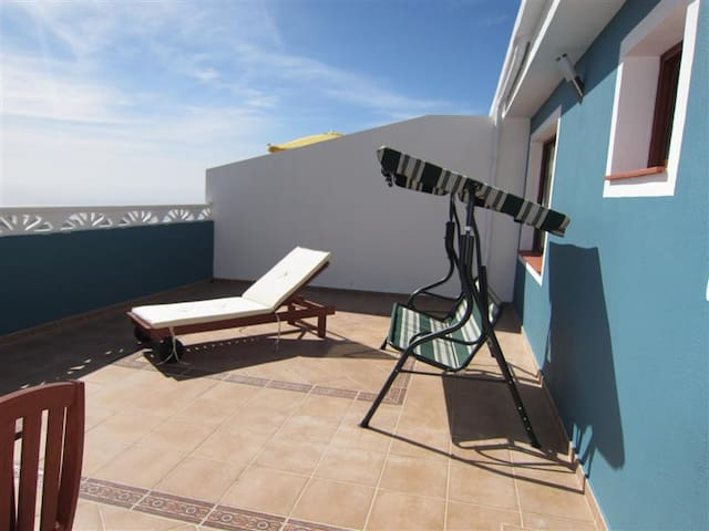 apartamento con piscina,lavavajilla - El Paso - Daire