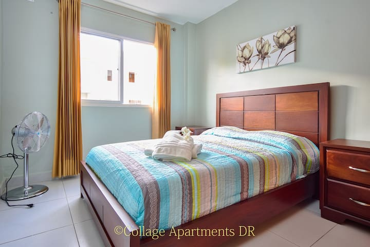 2nd Bedroom with Queen Size Bed/ 2ndo Cuarto con cama Queen Size