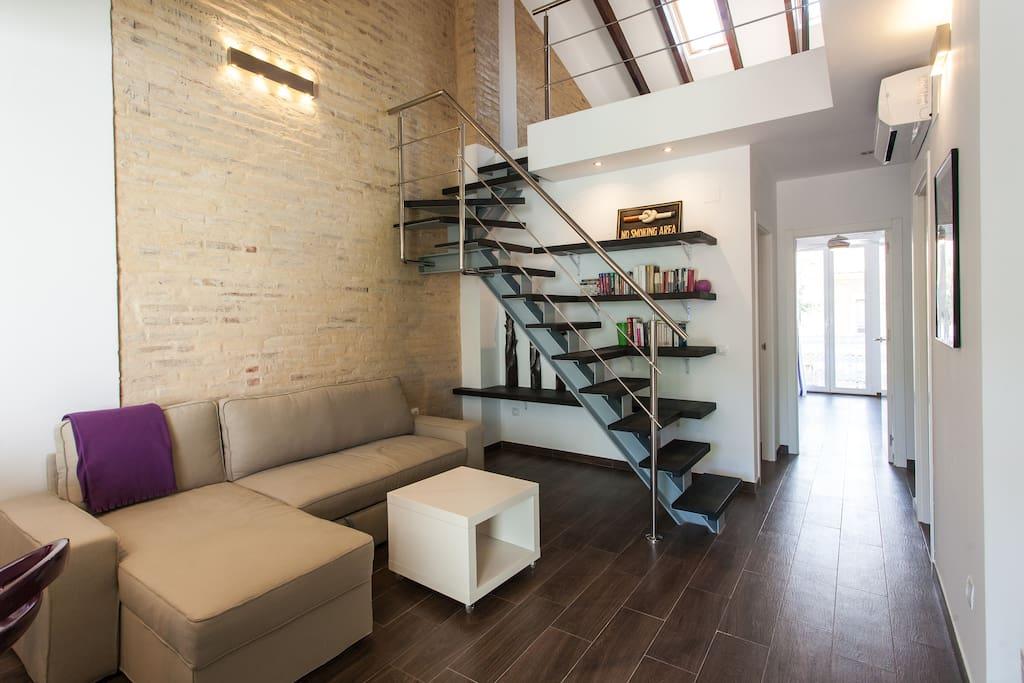 Beautiful loft near beach wifi apartments for rent in - Loft valencia ...