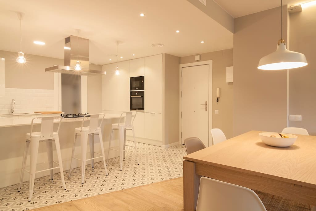 Habitaci n privada para 2 personas lofts en alquiler en for Habitacion barcelona