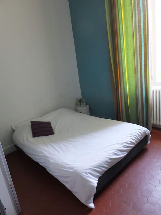 chambre pour deux personnes maisons louer avignon provence alpes c te d 39 azur france. Black Bedroom Furniture Sets. Home Design Ideas
