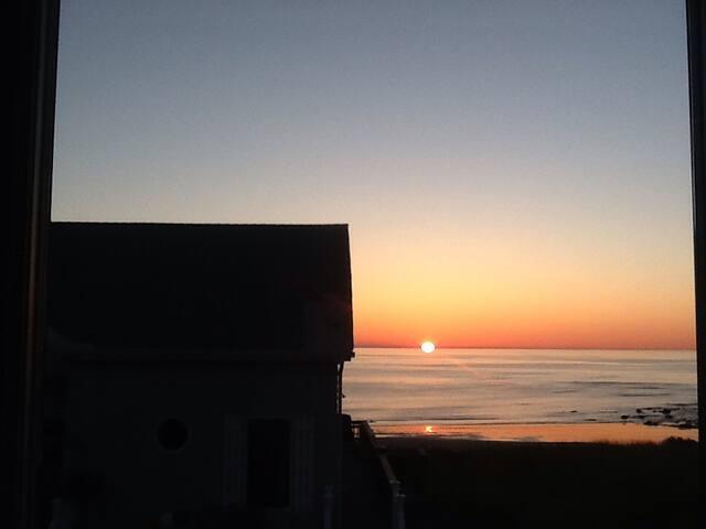 Room by the Sea ! - Marshfield - Talo
