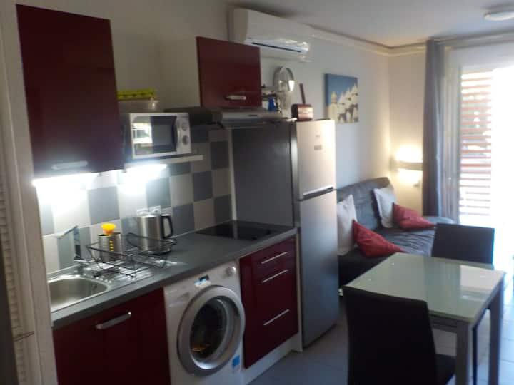 Appartement T2, Loggia 10 m² + Parking