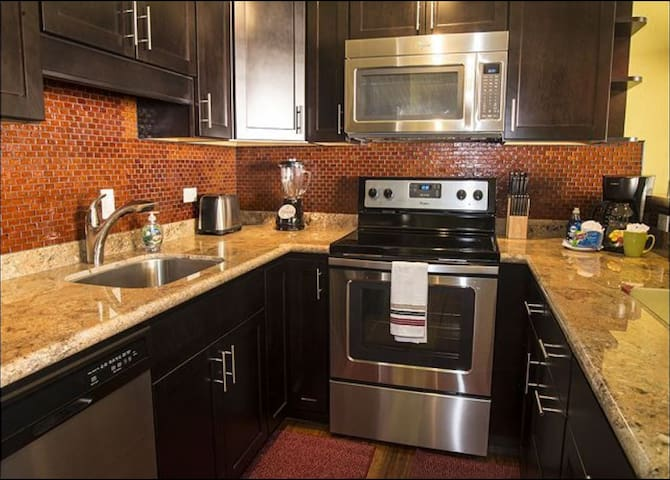 Remodeled condo across from beach!!