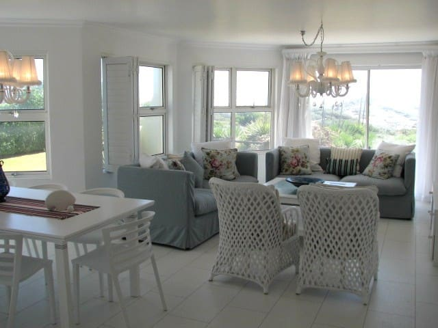 Luxury beach front apartment - Cape Town - Huoneisto