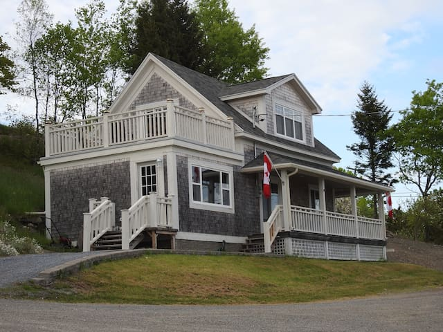 Beleview House - Beaver Harbour - Ev