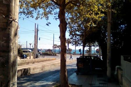Sea side apartment in Paleo Faliro