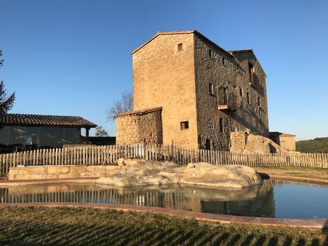 Masia rural a Viver i Serrateix - Serrateix - Casa