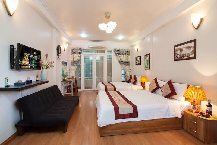 Authentic Homestay in Old Quarter ( Private Room) - Hanoi - Huis