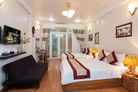 Authentic Homestay in Old Quarter ( Private Room) - Hanoi - Rumah