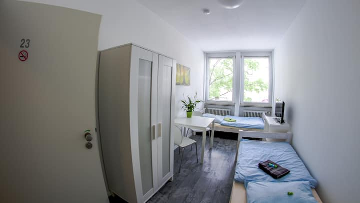 PM-Rooms : Double room in cozy hostel
