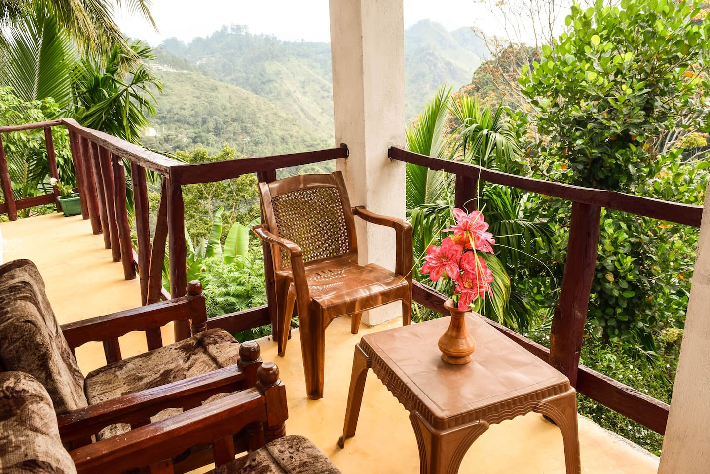 Balcony and Dinning place with Mountain view (Little Adams Peak and Ella Rock(