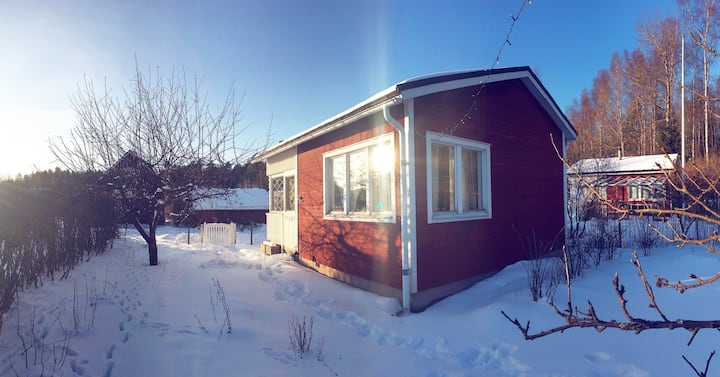 Year-round warm cottage with sauna