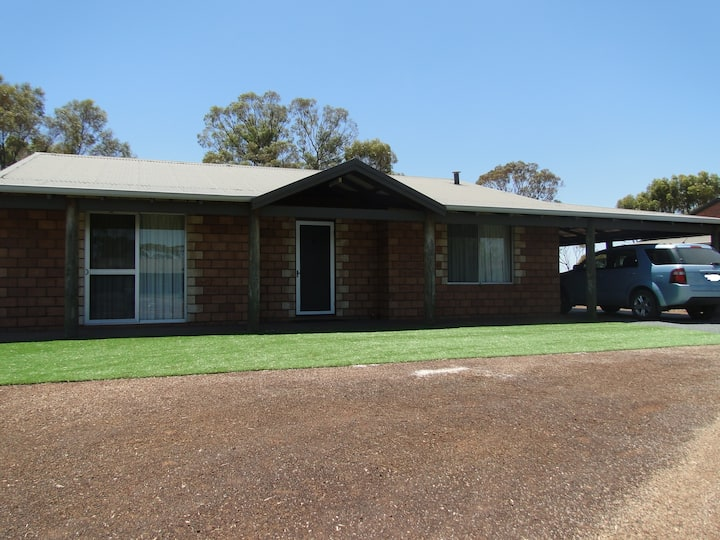 Wave Rock Cottage (Mulka) (closest to Wave Rock)
