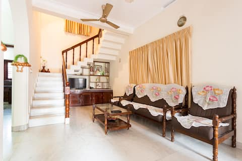 Holiday home @ 1110 Don Bosco Cross Road, Pachalam