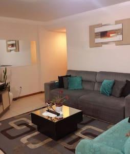 Conforto e hospitalidade 1Q. - Blumenau - Daire