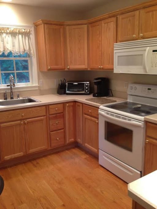 Kitchen w/all the amenities