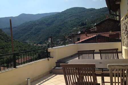 Stunning view from Old town house - Pigna - Hus